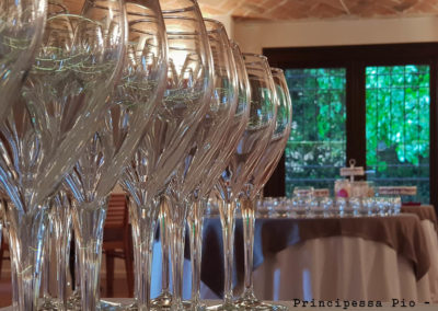 PArticolare sala interna ristorante Principessa Pio ferrara: bicchieri