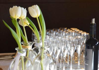 Particolare allestimento tavoli per pranzo matrimonio al ristorante Principessa Pio di Ferrara, bicchieri